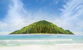 Tropikalny las, denny wybrzeże i góry, Zdjęcia Royalty Free