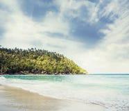 Tropikalny las, denny wybrzeże i góry, Syjamska zatoka, Phangan Zdjęcie Stock