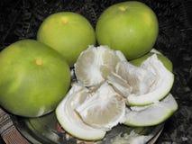 tropikalny owocowy pomelo bardzo smaczne obrazy stock