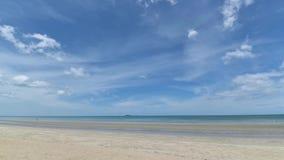 Tropikalny plażowy morze, piasek i letni dzień, zbiory wideo
