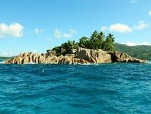 Tropikalny Plażowy Anse Królewski Zdjęcia Stock