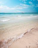 Tropikalny plażowy seascape w lecie Obrazy Stock