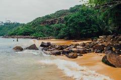 Tropikalny urlopowy wakacyjny tło - raj idylliczna plaża Sri Lanka Zdjęcie Royalty Free