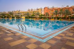 Tropikalnych kurortu Trzy kątów Pogodna plaża w Hurghada Zdjęcia Royalty Free