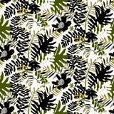 Tropisch bloemenpatroon Royalty-vrije Stock Afbeeldingen
