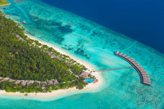Tropisch eiland in de Maldiven Stock Foto's