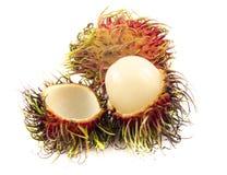 Tropisch fruit, rambutan op witte achtergrond Stock Foto