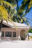 Tropisch huis op het strand van bantayan eiland, Santafe Filippijnen, 08 11 2016 Stock Afbeelding
