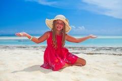 Tropisch meisje met frangipanibloem Royalty-vrije Stock Afbeelding