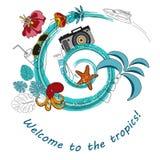 Tropisch ontwerp voor banner, affiche of vlieger met overzeese golf, palmbladen, bloemen en het mariene leven Stock Foto