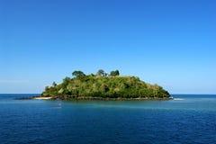 Tropisch oorspronkelijk eiland Stock Afbeelding