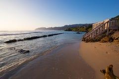 Tropisch Paradijsstrand Oahu Hawaï stock afbeeldingen