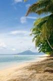 Tropisch strand, bandaeilanden, Indonesië stock afbeelding