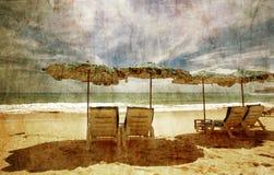 Tropisch strand in grunge royalty-vrije stock afbeeldingen