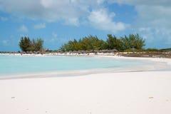 Tropisch strand met wit zand Stock Foto