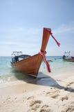 Tropisch strand in Overzees Thailand Stock Foto's