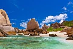 Tropisch strand in Seychellen stock fotografie