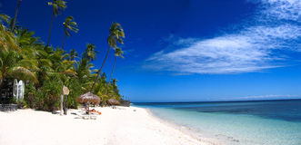 Tropisch strandpanorama Stock Foto's