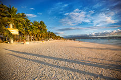 Tropisch zandig strand Royalty-vrije Stock Afbeelding