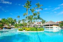 Tropisch zwembad Stock Afbeeldingen