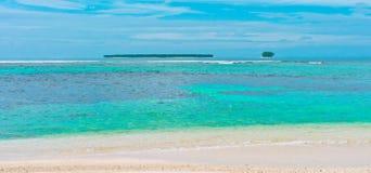 Tropische eilanden in oceaan Royalty-vrije Stock Afbeelding