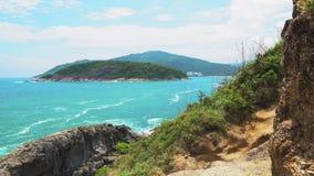 Tropische exotische Insel, Meerblick, blaues warmes Meer, Reise und Tourismus stock video footage