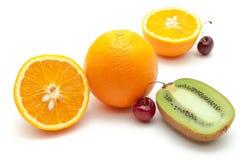 Tropische Früchte und Kirsche Stockbild