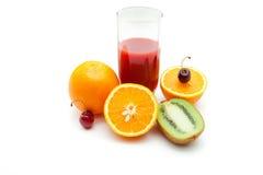 Tropische Früchte und Saft Stockfotos