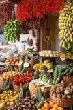 Tropische fruitmarkt in Funchal, Madera Stock Foto's