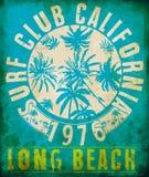 Tropische Grafik des Brandungs-Clubs mit Typografiedesign Lizenzfreie Stockfotos