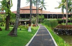 Tropische Hotelrücksortierung in Bali, Indonesien Stockfotos