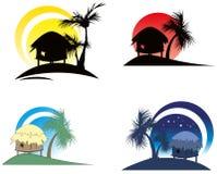 Tropische hutten met palm Stock Afbeelding