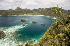 Tropische Lagune lizenzfreies stockbild