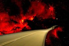 Tropische Land-Straße auf Feuer stockfotografie