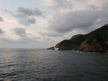 tropische Landschaft im traditionellen Bereich von Acapulco, Mexiko lizenzfreie stockbilder