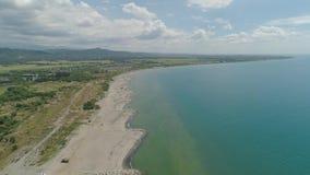 Tropische Landschaft, Strand auf der Insel von Luzon, Philippinen stock video