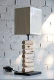 Tropische Möbeltischlampe Stockbilder
