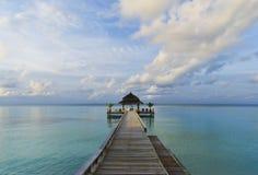 Tropische Maldives-Anlegestelle Stockfotografie