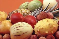 Tropische Obst und Gemüse Stockfotos