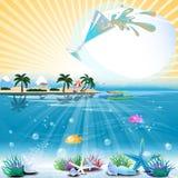Tropische overzeese themaachtergrond met cocktail en tekstgebied Royalty-vrije Stock Foto's