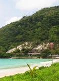 Tropische Paradiesfeiertagshäuser lizenzfreie stockbilder