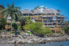 Tropische Rücksortierung Puerto Vallarta Bester Strand in Mexiko Der Ozean-Ansicht Lizenzfreies Stockbild