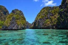Tropische Rivier op de Filippijnen Royalty-vrije Stock Foto's