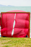 Tropische Strandansicht des Gazebo, die Meer schaut Lizenzfreie Stockfotografie