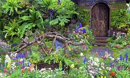 Tropische tuin in lentetijd stock foto