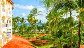 Tropische tuinmening royalty-vrije stock afbeeldingen
