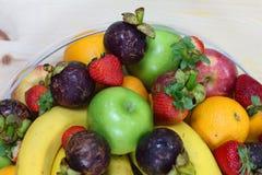 Tropische verse vruchten stock afbeeldingen