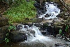 Tropische Wasserfälle Lizenzfreie Stockbilder