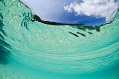 Tropische water en hemel Royalty-vrije Stock Fotografie