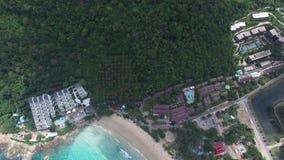 Tropische waterscape, ontspannende vakantie, van een radio-gecontroleerd vliegtuig stock video